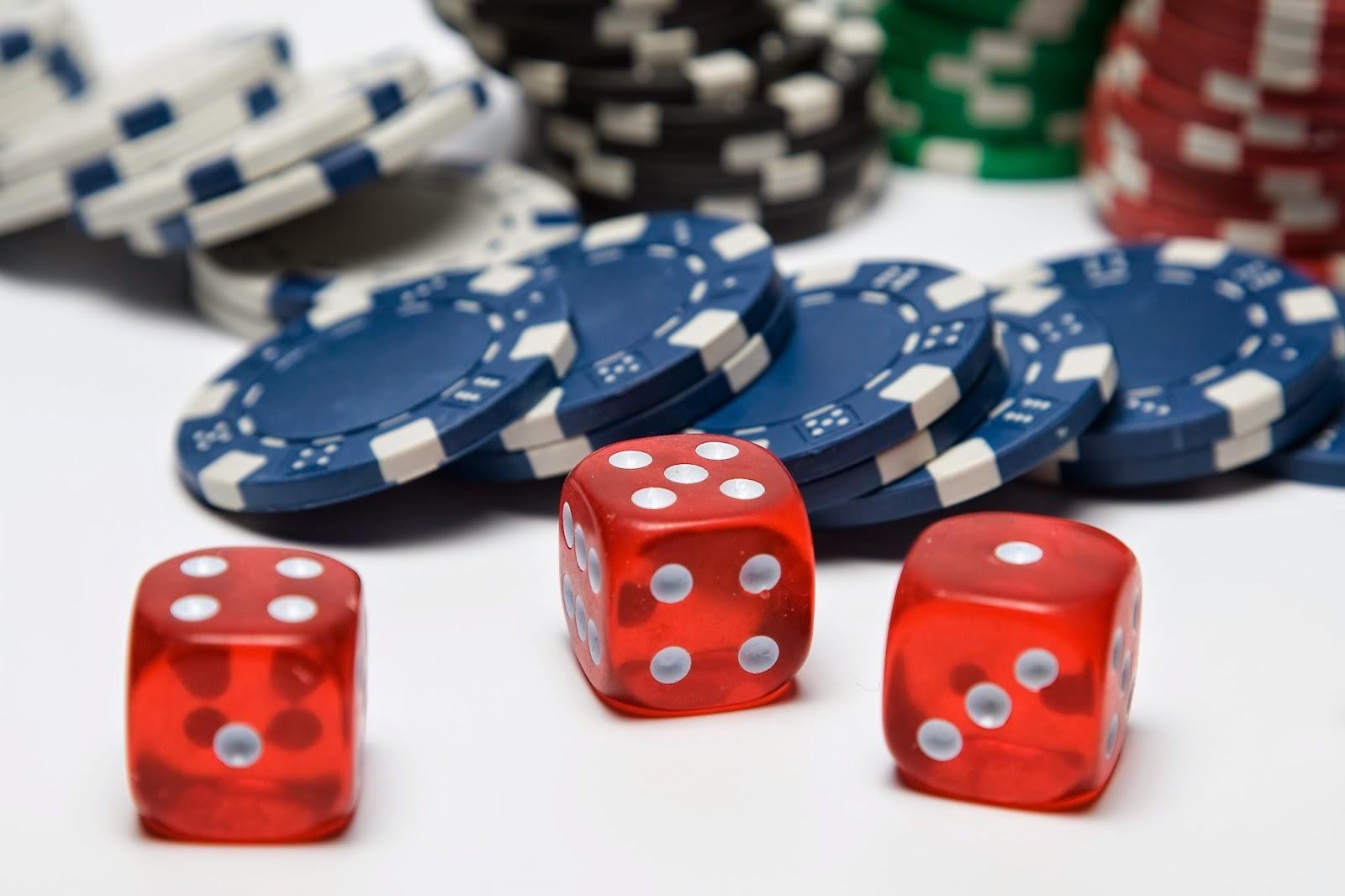 Як виграти в казино покер мобільний телефон з фільму Казино Рояль