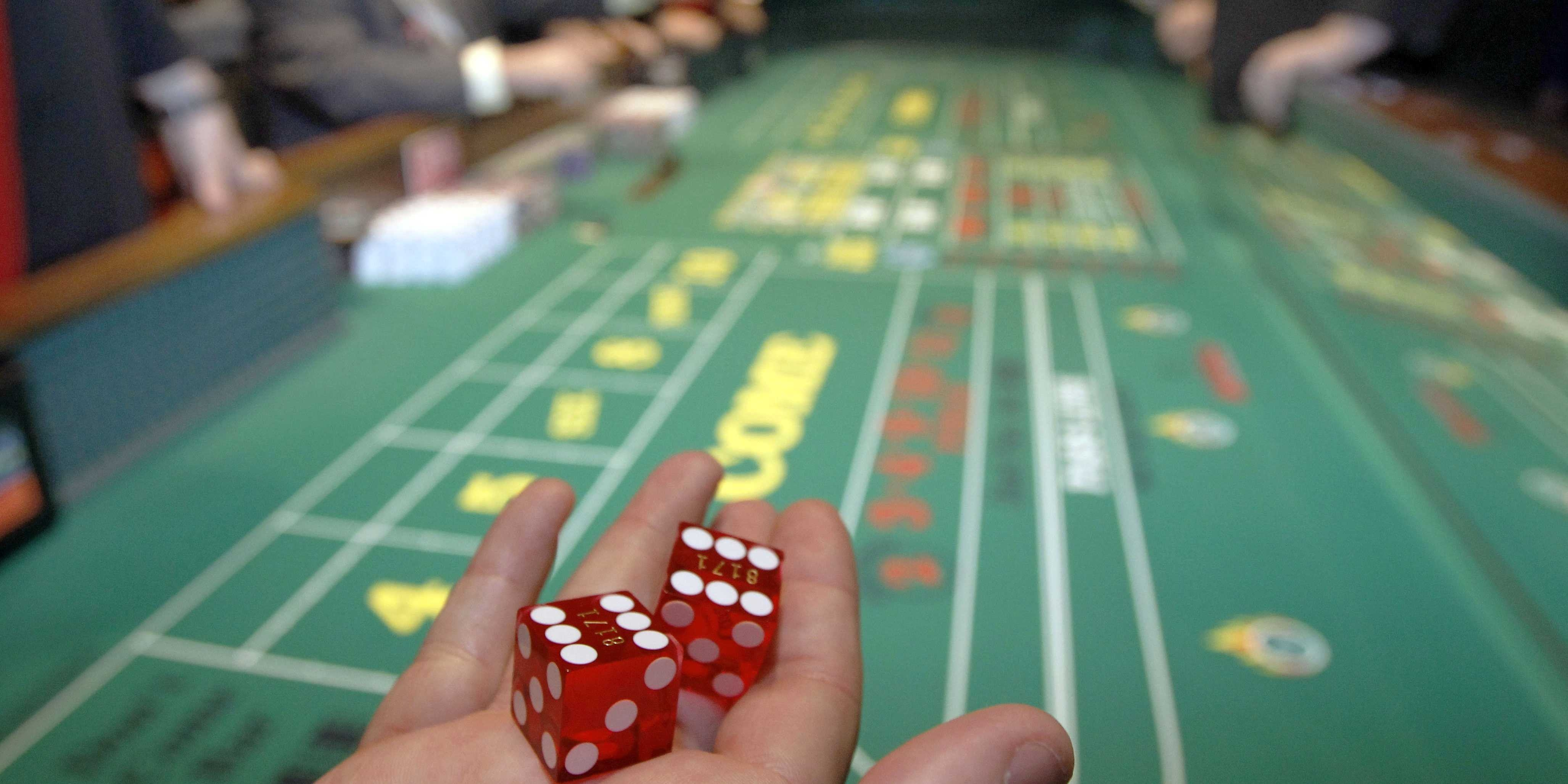 kosti-v-onlayn-kazino
