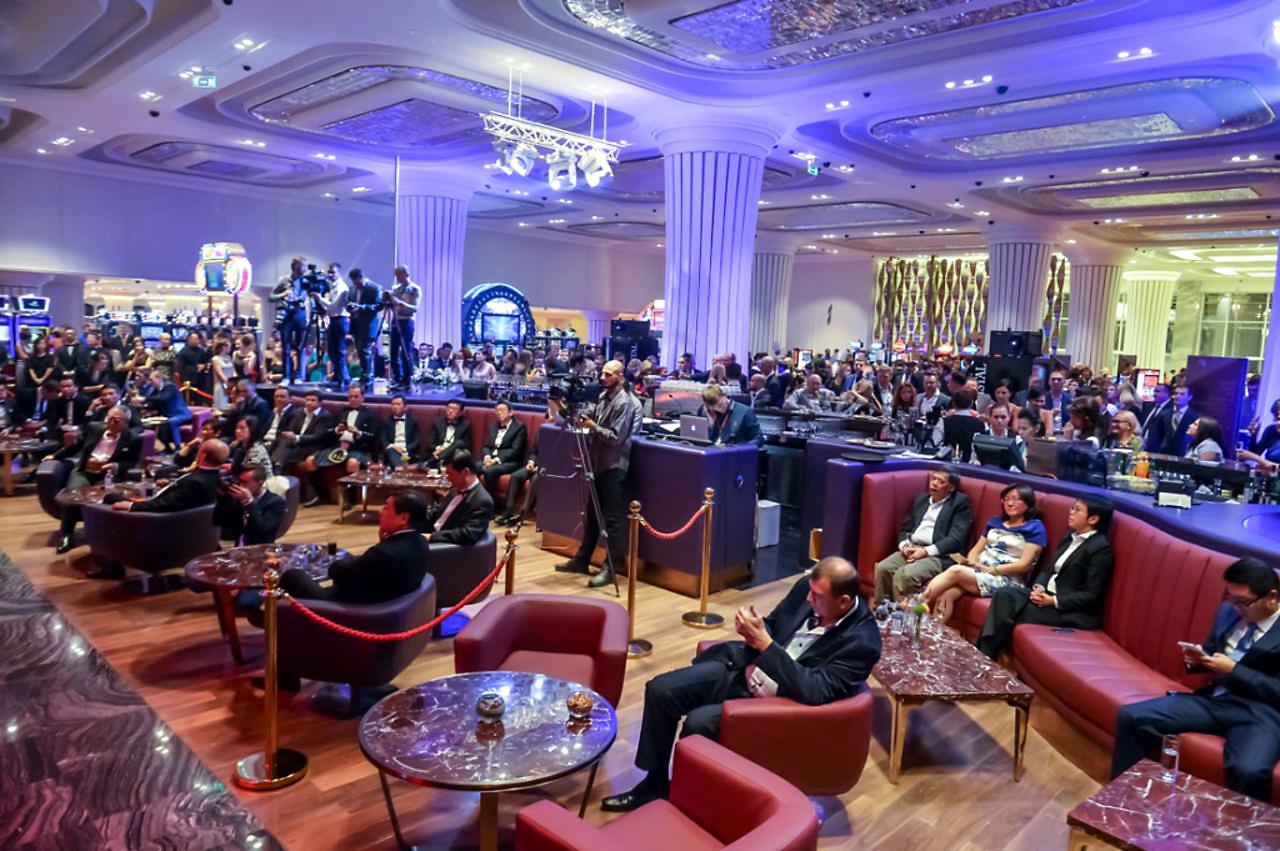 Самое большое казино в россии методы охраны казино
